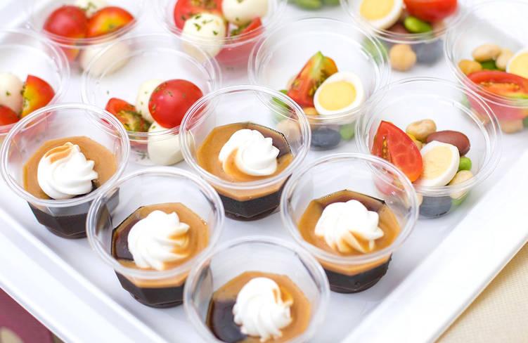 5種のビーンズのカクテルサラダ/プチトマトとモッツァレラチーズのカプレーゼ/季節のデザート