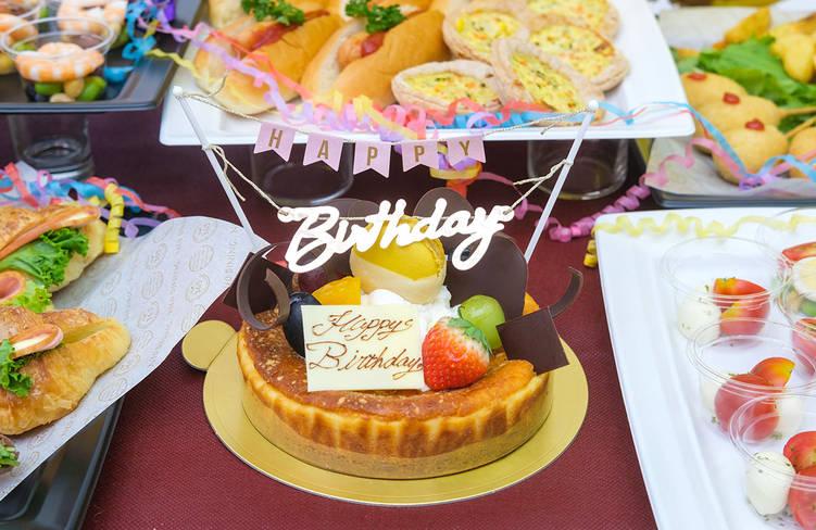 追加オプション:バースデーケーキ